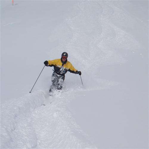 Skiing in Lech